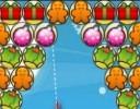 Frohe Weihnachten heißt es in Christmas Bubbles. Online kannst du dieses Bubblespiel pa...